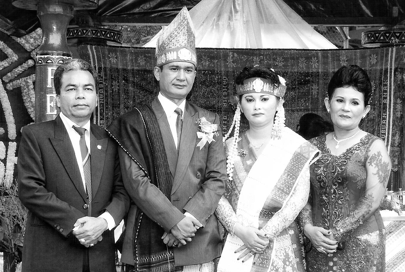 Ketua DPRD Kabupaten Samosir dan Bupati Samosir