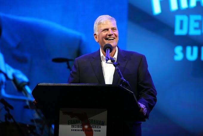 """Franklin Graham incentiva igrejas na pandemia: """"O Evangelho não conhece restrições"""""""