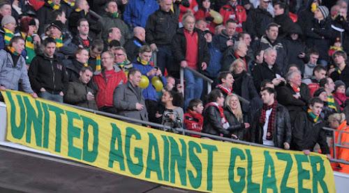Aficionados del United protestando contra Glazer