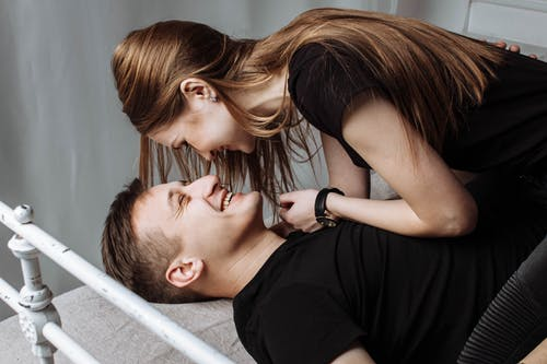 Love Poems For Him | Deep Meaningful That will Make Him Cry