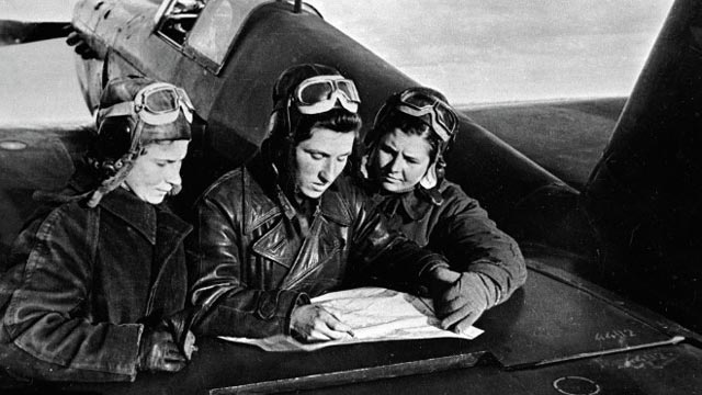 Yekaterina Budanova and Lydia Litvyak, female fighter aces of World War II worldwartwo.filminspector.com