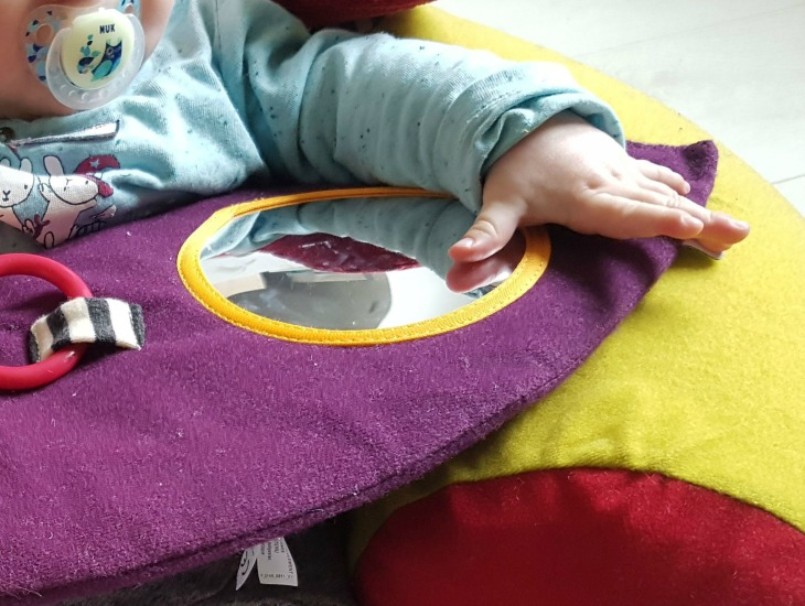 test du siège sit and play mamas and papas