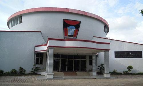 Anggota Komisi II DPRD Kota Padang Gedung Baru DPRD Kota Padang