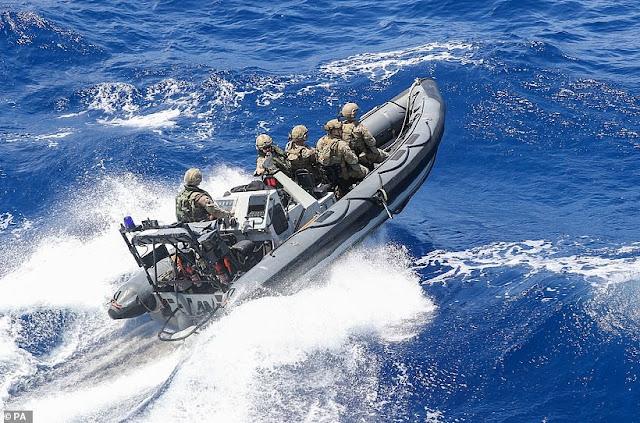 Marina britannica  in azzione nei caraibi