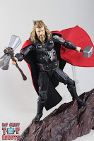 S.H. Figuarts Thor Endgame 38