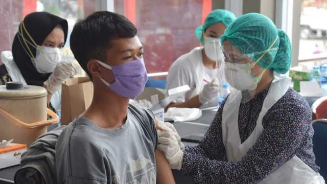 Lebih 1.300 warga sudah di Vaksin, Aron berharap Tahun 2021 setengah Penduduk Sekadau sudah di Vaksin