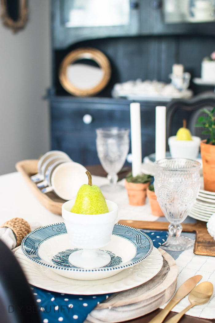 summer table setting with vintage dishes