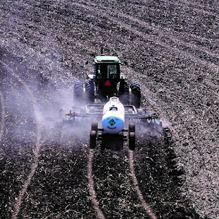 anhydrous ammonia nitrogen fertilizer corn
