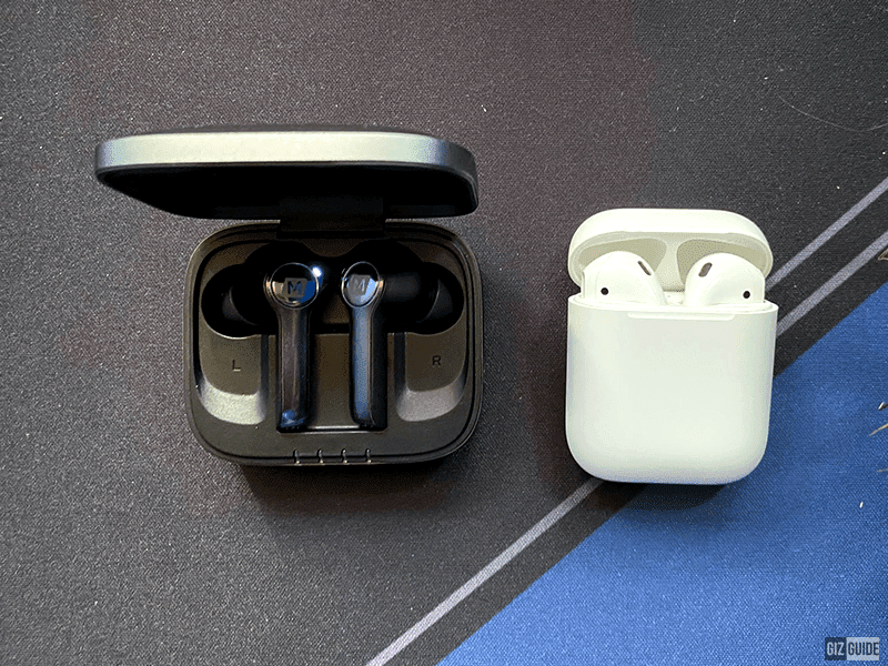 The MOMAX Spark and the AirPods (2nd Generation)