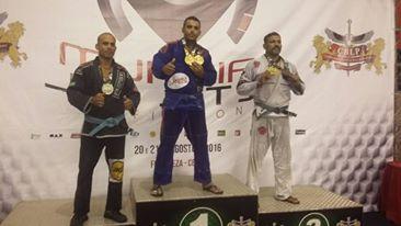 Jiu Jitsu: Atleta da equipe Nova Geração Nordeste de Mucambo, Ivan Bueno vence Mundial de Jiu Jitsu profissional organizado pela CBLP
