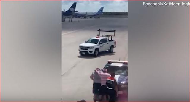 Hampir Terhisap Ke Mesin Pesawat Tidak Sengaja Buka Pintu Darurat, Pria Ini Mengaku Keracunan Makanan