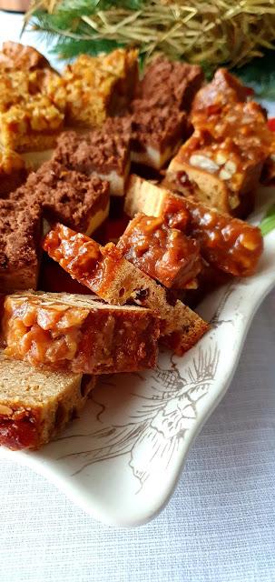ciasta na święta, ciasto na sylwestra,ciasto z bakaliami,ciasto z orzechami,ciasto na imprezę, zdrowe ciasto,ciasto bez cukru,ciasto bez mąki,kuchnia lidla,z kuchni do kuchni najlepszy blog kulinarny,