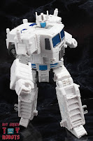 Transformers Kingdom Ultra Magnus 43
