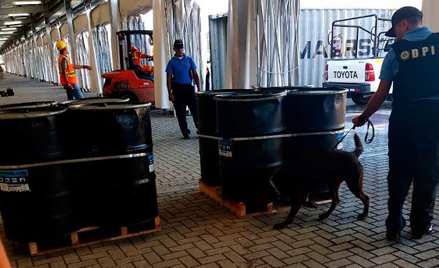 Decomisan en Honduras 1.300 kilos de cocaína líquida en buque venezolano
