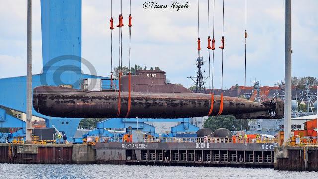 El submarino ex U18 de la Armada de Colombia fue desplazado en el Puerto de Kiel