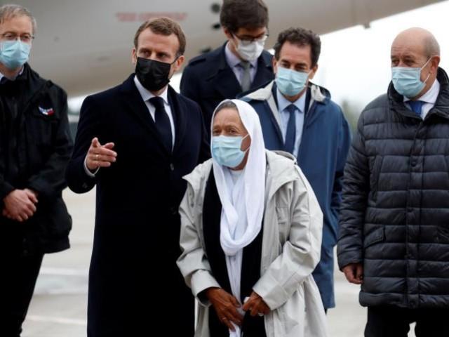 Pekerja Bantuan Prancis Yang Dibebaskan Masuk Islam Selama Ditahanan AQIM