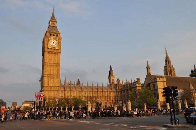 Big Ben e as Casas do Parlamento inglês