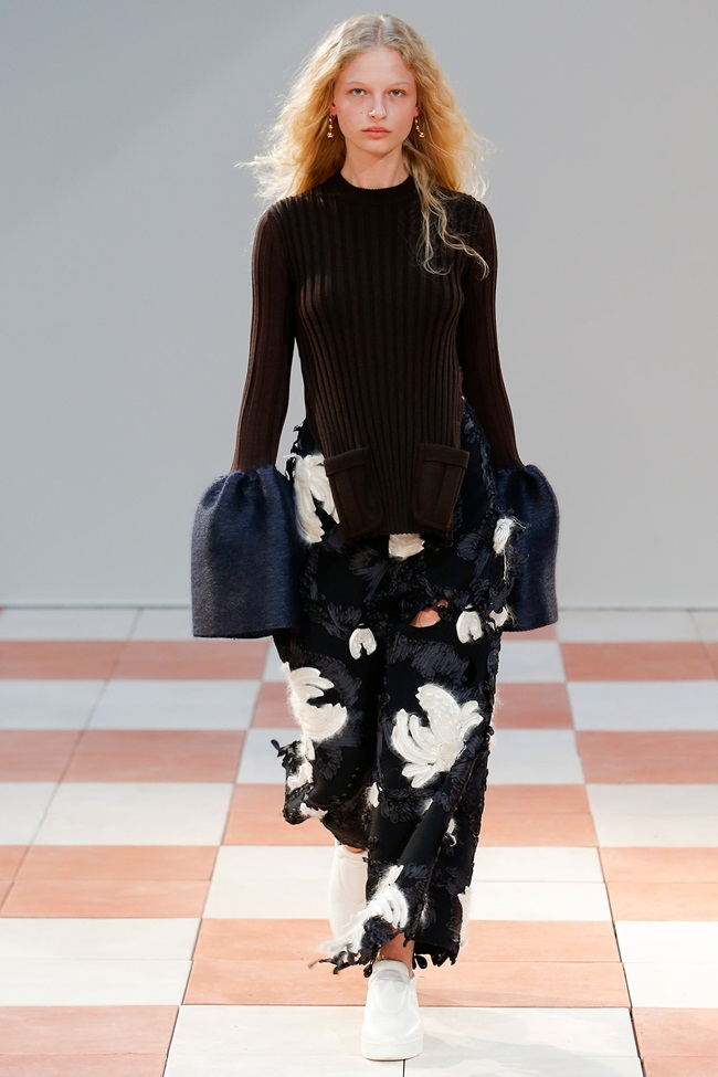 Céline 2015 AW Wide-Leg Trousers With Broken Floral Appliqués on Runway