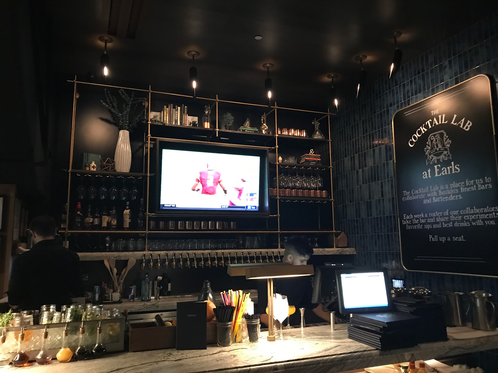 Earls Opens In Boston S Prudential Center
