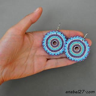 Круглые серьги из бисера