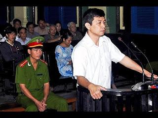 Các tổ chức xã hội dân sự can thiệp thô bạo vào công việc nội bộ của Việt Nam