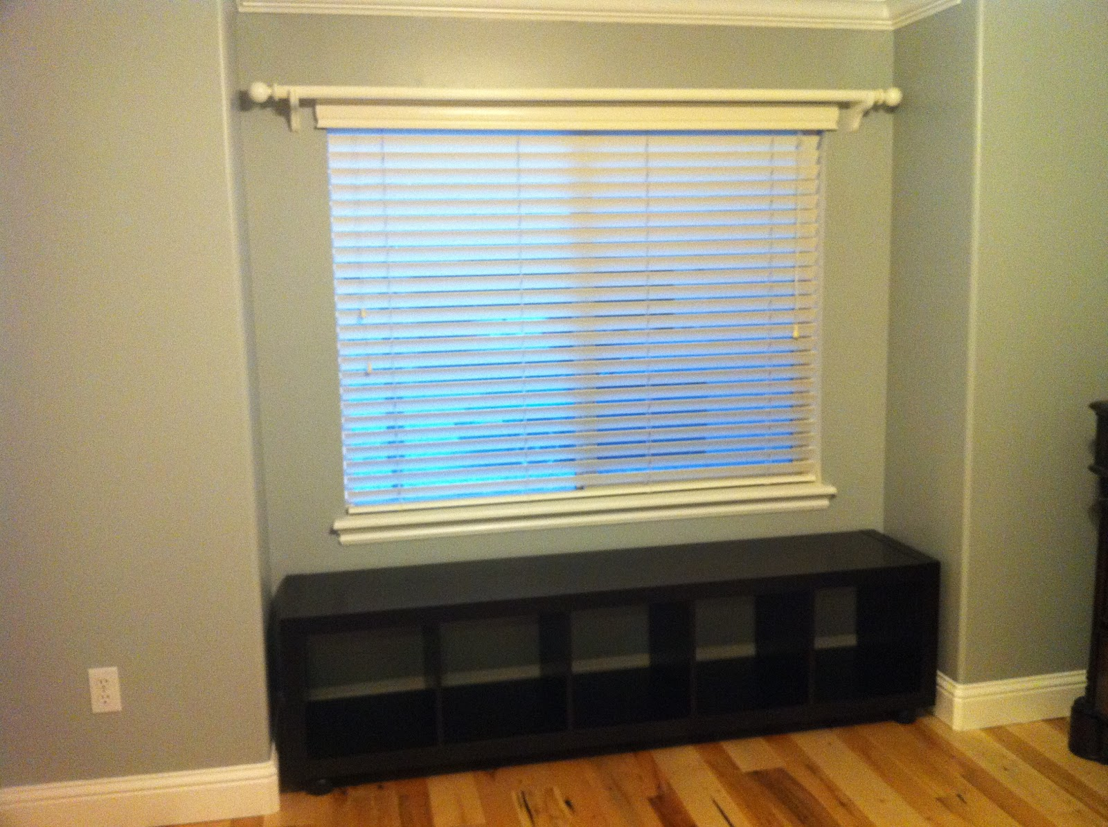 design dump: ikea bookcase window seat