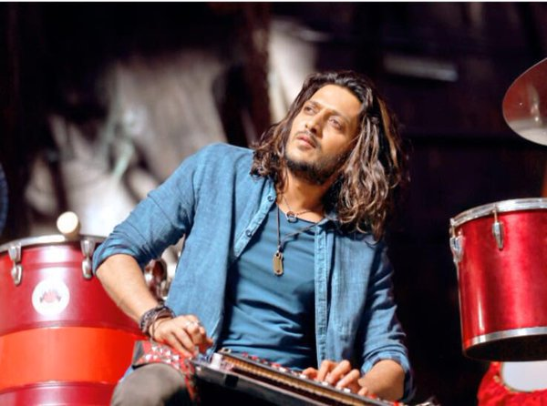 Riteish Deshmukh from the movie banjo.