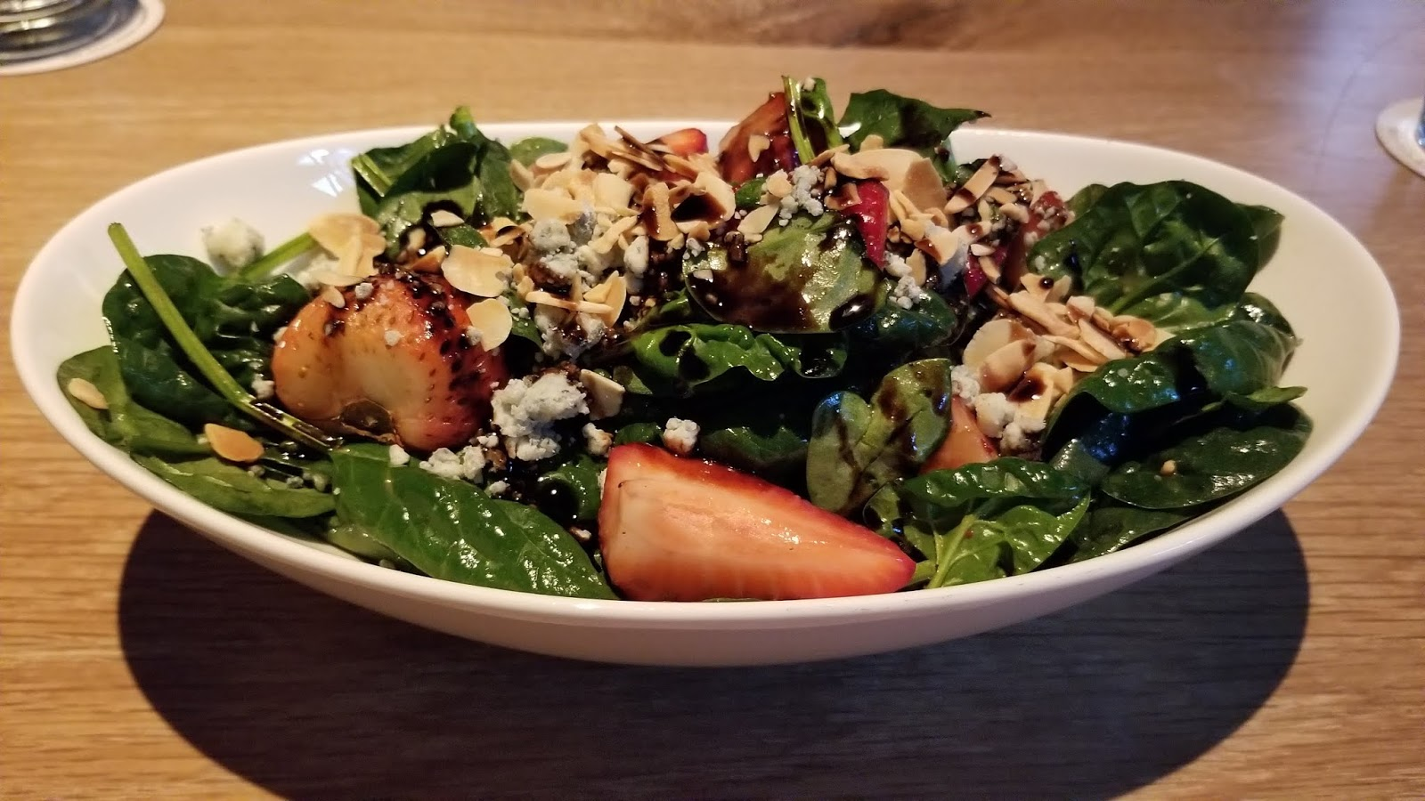 Seasons 52 spinach and strawberry salad