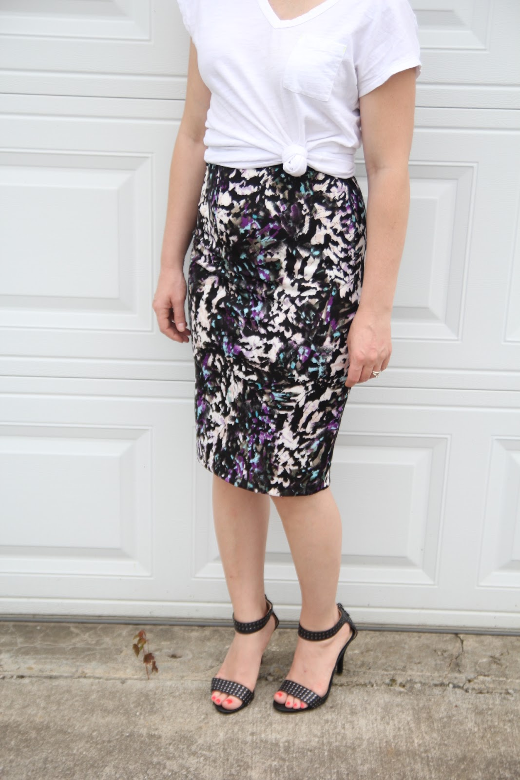 Thrift And Shout: Cute Outfit Of The Day: Pencil Skirt