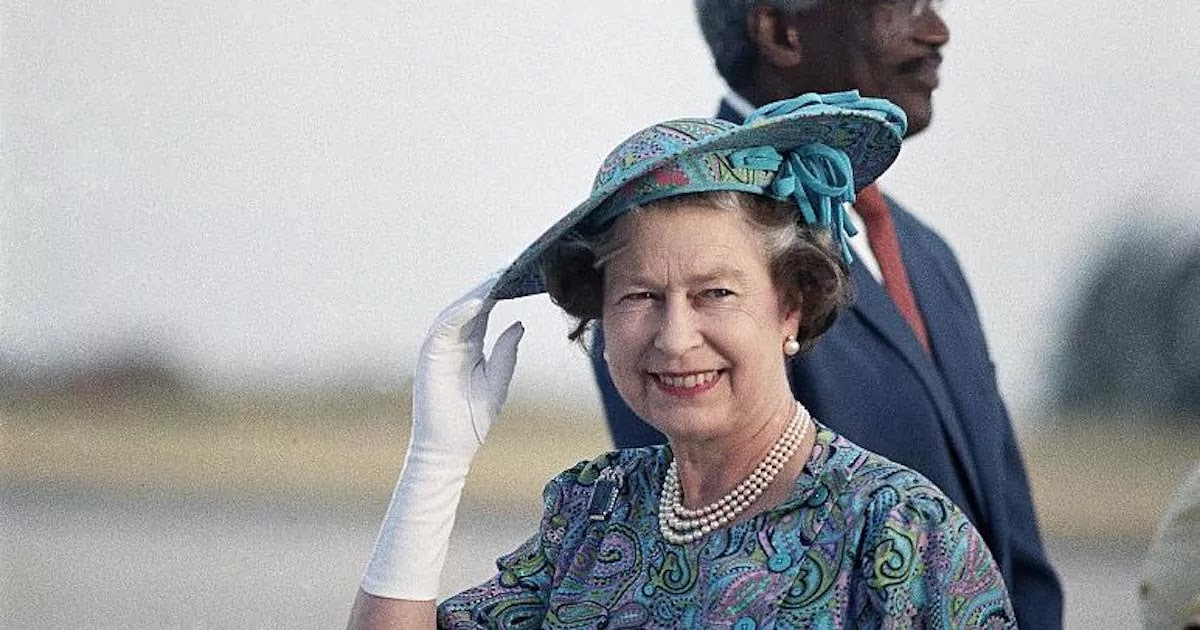 Barbados To Remove Queen Elizabeth As Head Of State And Declares Plan To Become A Republic