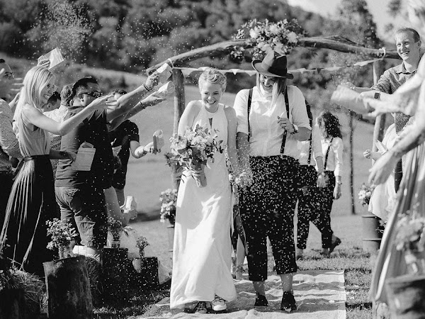 ➳ NIKKI + KARA | COUNTRY CHIC WEDDING { SUNSHINE COAST }