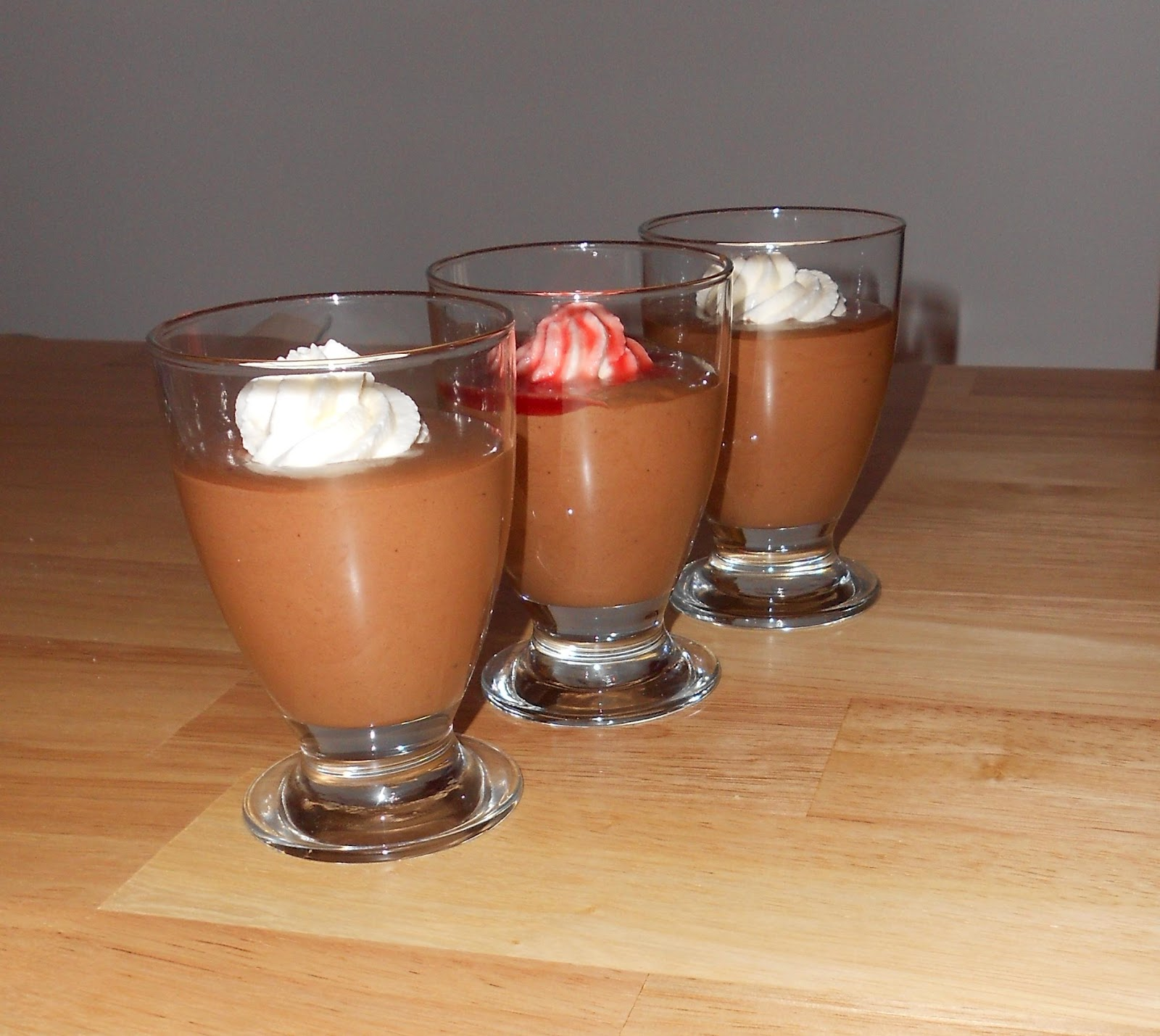 cake attack vienna rezept 4 schokoladenmousse. Black Bedroom Furniture Sets. Home Design Ideas