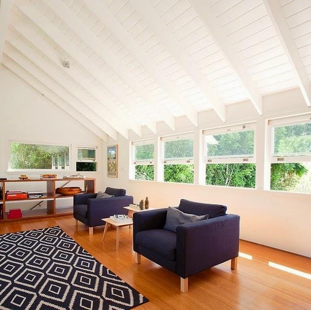 Rumah Modern dengan Tenaga Surya Matahari