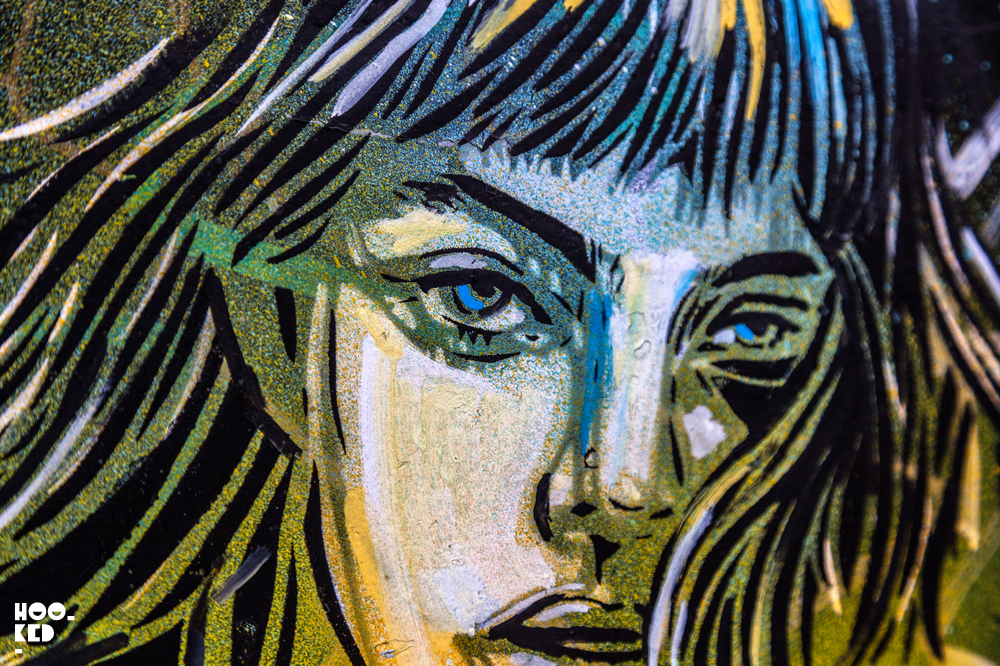 London Street Art in Shoreditch by artist Alice Pasquini. Photo ©Hookedblog / Mark Rigney