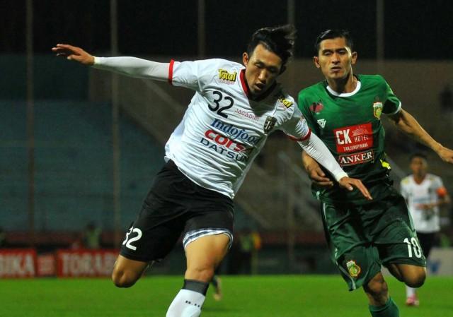 Bali United vs Bhayagkara