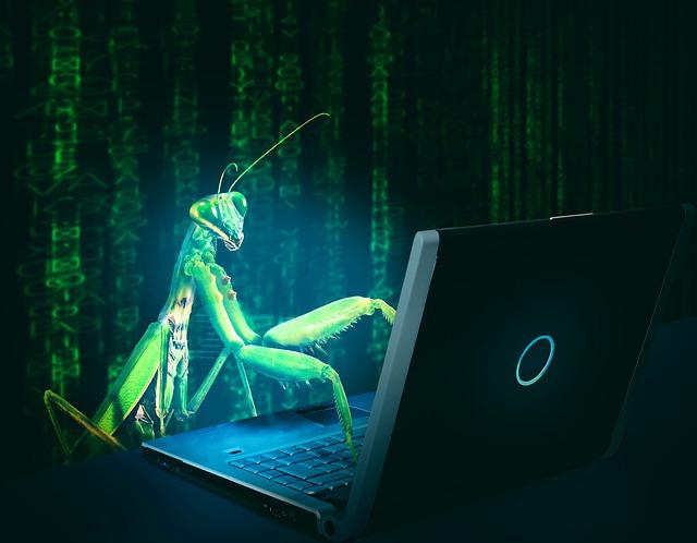 ما هي البرامج الضارة بالحاسوب؟ - الفيروسات