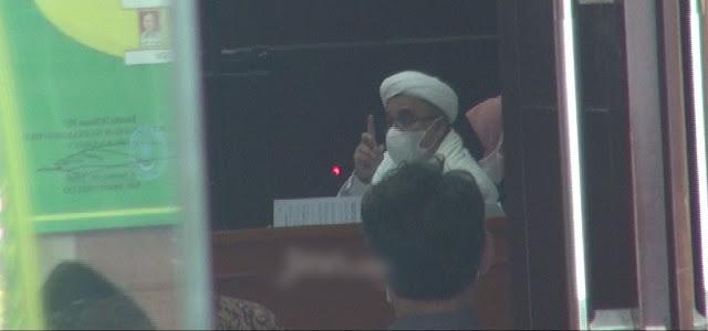 Habib Rizieq ke Bima Arya: Prokes Lain Tak Dipidanakan, Kasus Ini Anda Pidanakan