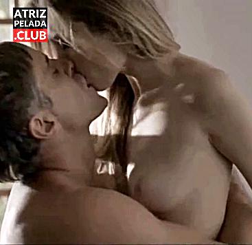 Juliana Schalch nua em cena de sexo com Reynaldo Gianecchini
