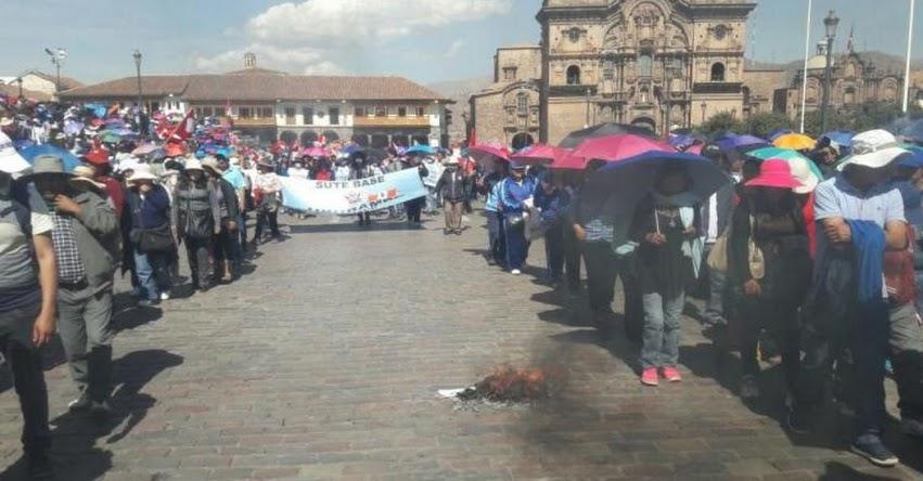 Huelga de maestros SUTEP llega a 14 regiones