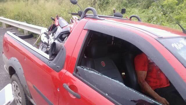 SOBRAL-CE: Homem é morto a tiros enquanto dirigia na BR-222