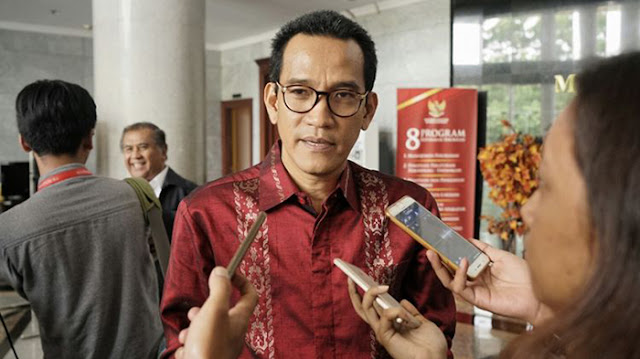 Ahok Bisa Petantang-Petenteng karena Cantolannya Presiden Jokowi!