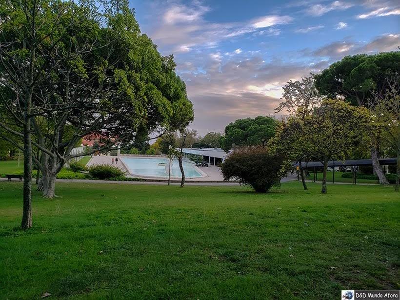 Piscina no Parque Eduardo VII - o que  fazer em Lisboa