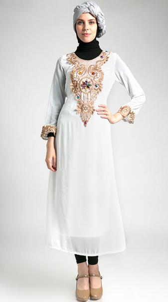 Gambar Gaun Muslim Terbaru Untuk Wanita Muslimah