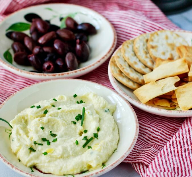 Skordalia with olives and crackers