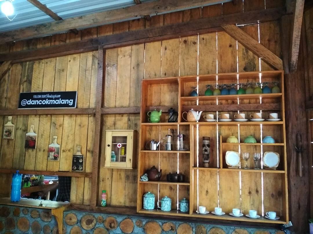 Cafe di Batu Malang