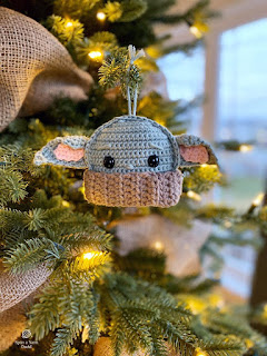 free baby yoda crochet ornament pattern