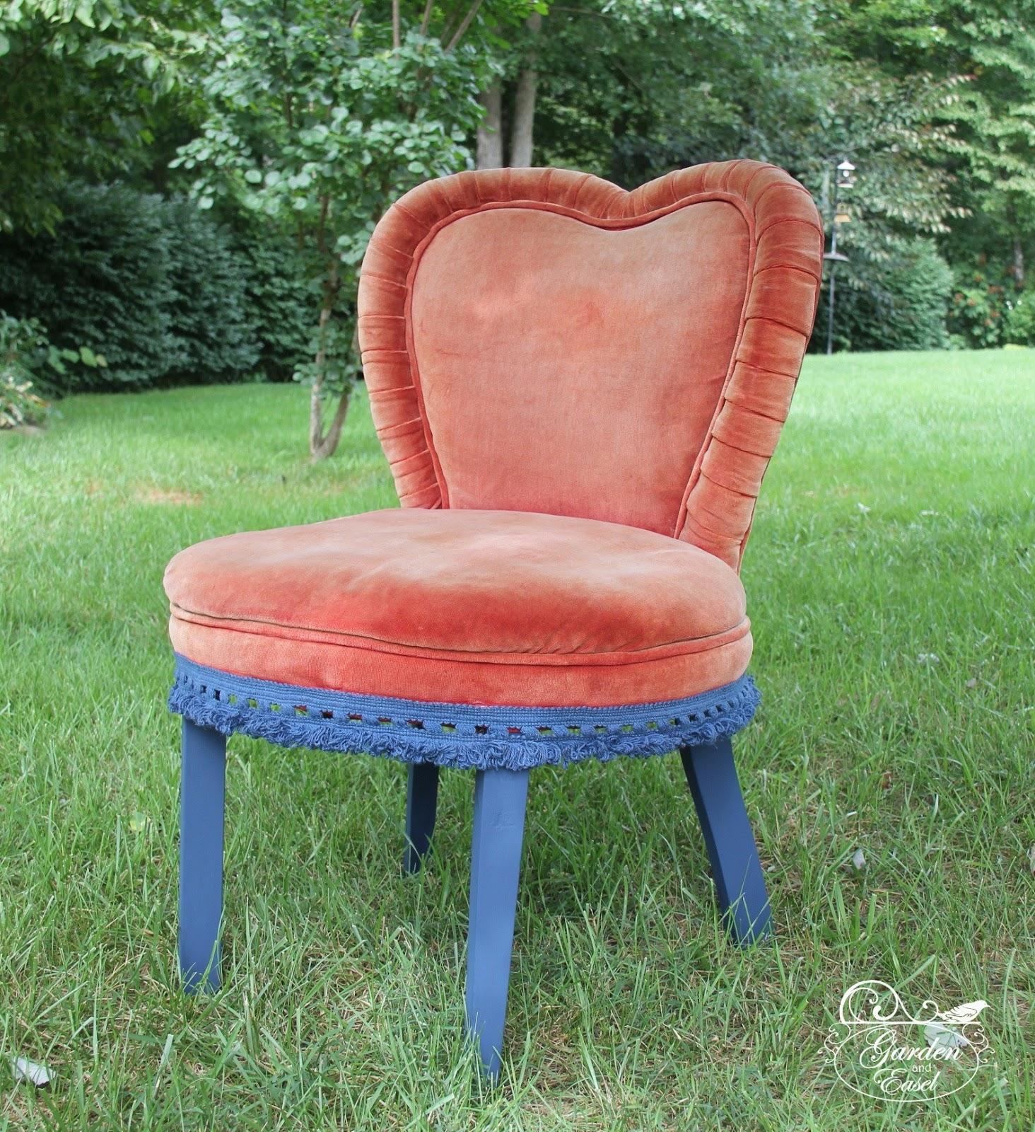 garden and easel art studio vintage velvet chair for sale. Black Bedroom Furniture Sets. Home Design Ideas