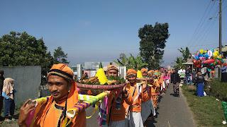 Seribu Ingkung Dalam Dasa Sura Desa Bomerto