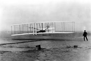 Pengertian, Jenis, Penemu dan Sejarah Pesawat Terbang