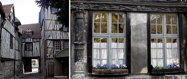 Aître Saint-Maclou, Rouen, França